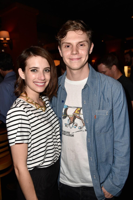 <strong>BRØT FORLOVELSEN:</strong> American Horror Story-kollegene Emma Roberts og Evan Peters brøt i sommer forlovelsen. Nå er Roberts singel. Foto: Afp
