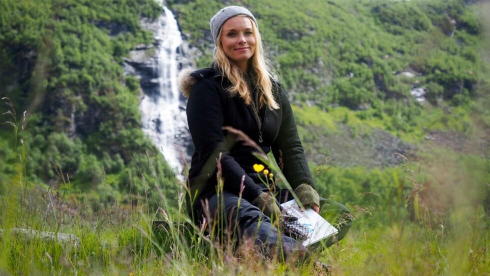 <strong>MISBRUKT:</strong> På Instagram skriver Alt for Norge-programleder Henriette Bruusgaard at hun er blitt misbrukt på nettsteder som utviser rasistiske holdninger. Foto: TVNorge