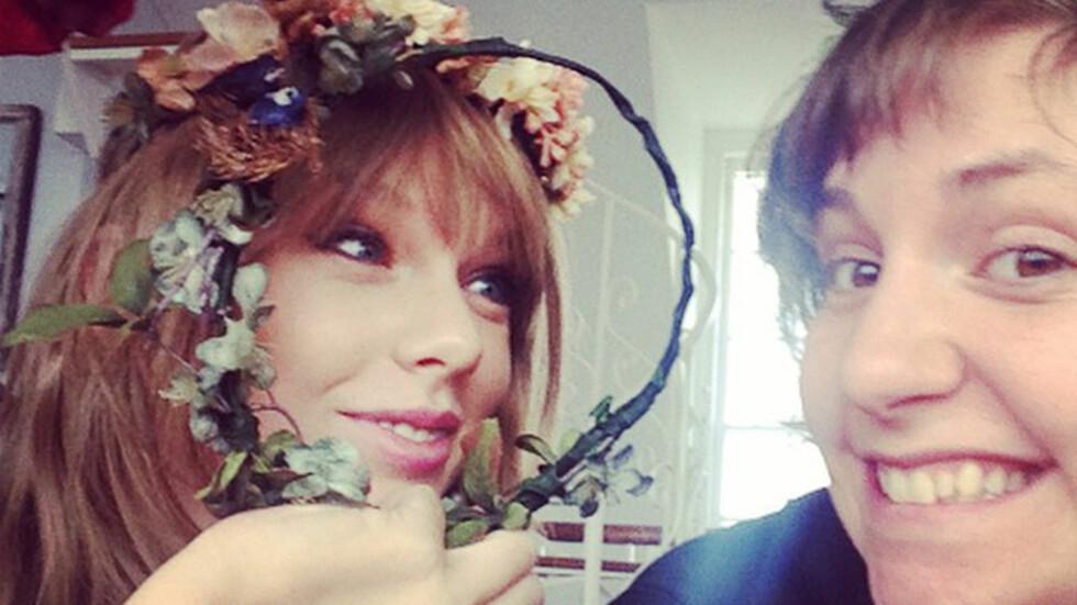 GODT VENNSKAP: Popstjernen Taylor Swift og skuespiller og manusforfatter Lena Dunham har vært venninner i flere år, og poster ofte bilder av jentekveldene de har sammen på sosiale medier. Foto: Xposure