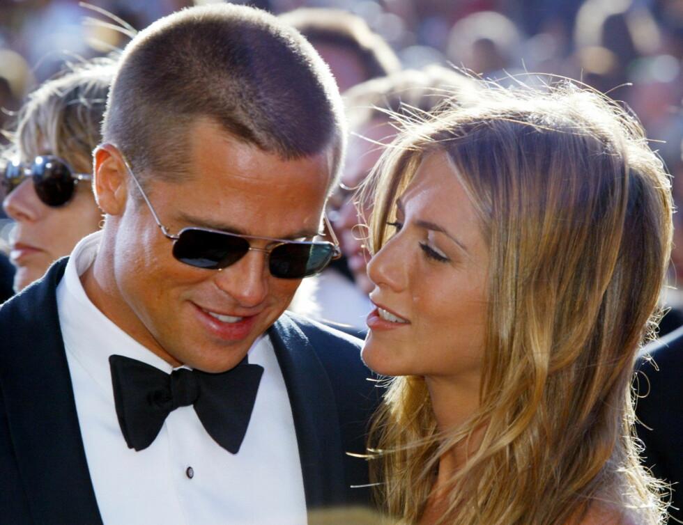 """Brad Pitt og Jennifer Aniston ble beskrevet som det perfekte par da de var sammen mellom 1998 og 2005. Ekteskapet falt i grus da Brad møtte Angelina Jolie under innspillingen av """"Mr. and mrs. Smith"""". Foto: Scanpix"""
