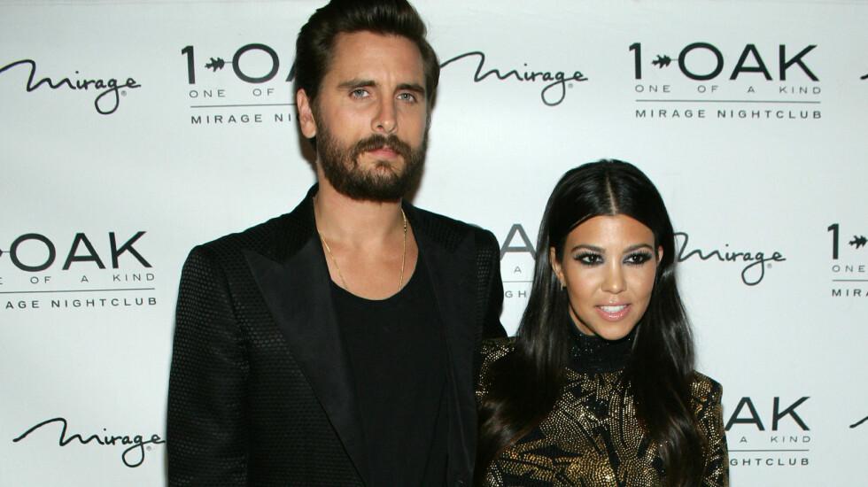 <strong>BRUDD:</strong> Ifølge amerikanske medier skal forholdet mellom Scott Disick og Kourtney Kardashian være over. Her feirer de Scotts 32-årsdag sammen tidligere i år.  Foto: Pa Photos