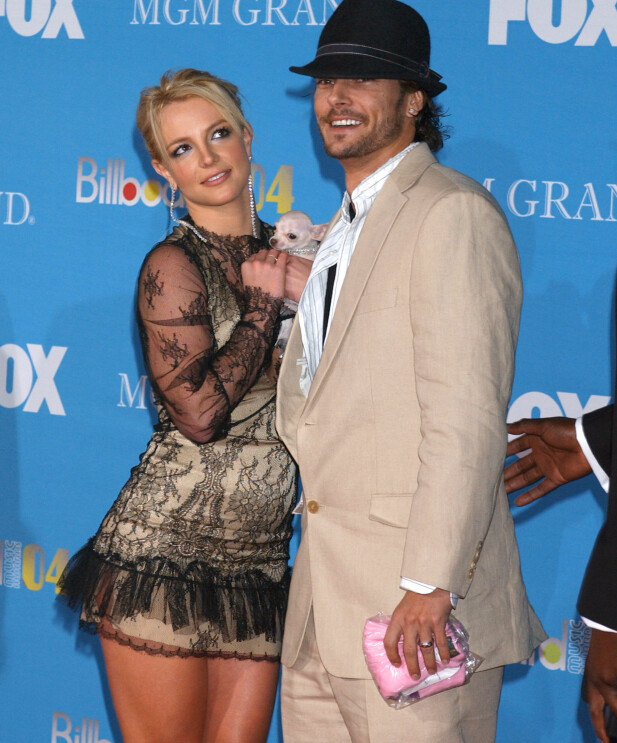 <strong>EKSEN:</strong> Britney Spears og Kevin Federline var gift fra 2004 til 2007. De fikk to sønner sammen. Her på Billboard Music Awards i 2004. Foto: AP / NTB scanpix
