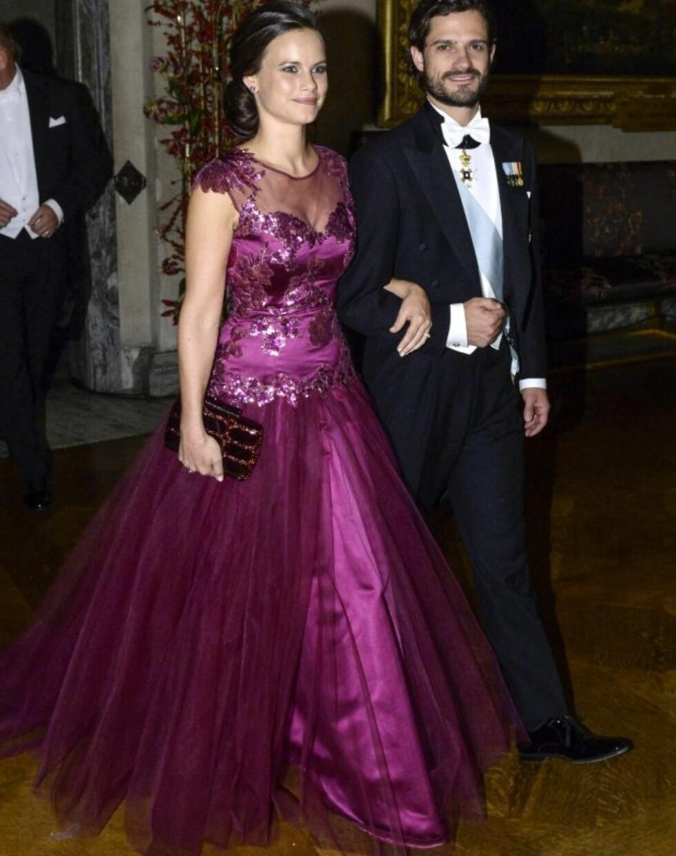 NOBEL-KJOLE: I desember i fjor ankom Sofia Nobelbanketten i en kjole designet av Ida Sjöstedt - som står bak brudekjolen til den kommende prinsessen. Foto: NTB Scanpix