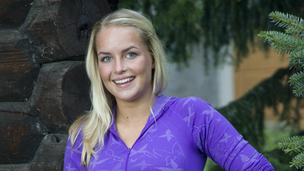 FORELSKET: Den tidligere «Farmen»-vinneren Ingvild Skare Thygesen er blitt kjæreste med den profesjonelle fallskjermhopperen Bjørn Magne Bryn fra Voss. Foto: Morten Eik, Se og Hør