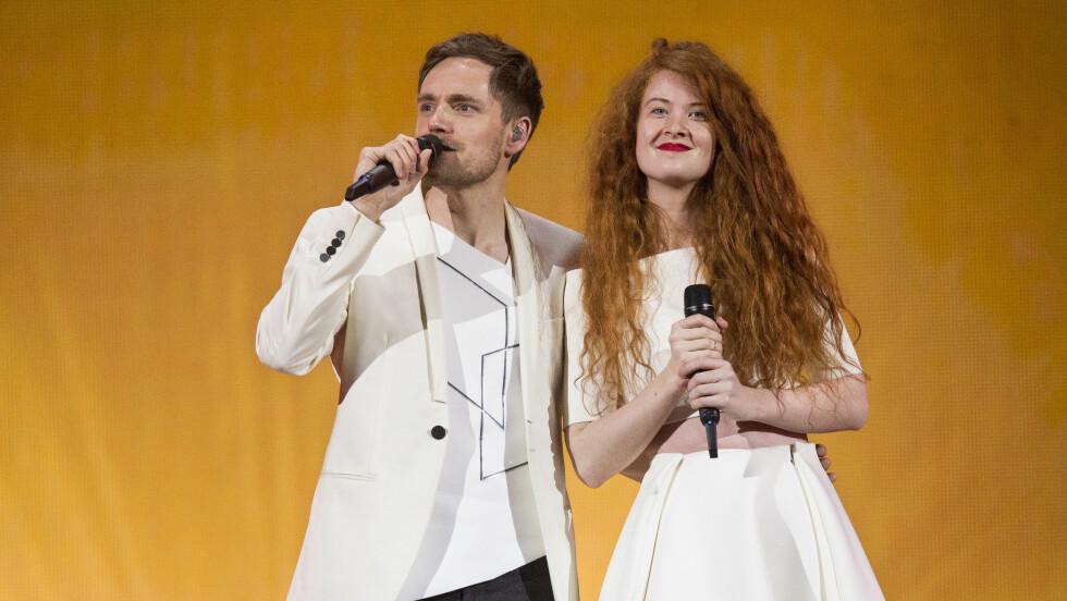 GOD STEMNING: Kjetil Mørland og Debrah Scarlett på den siste øvingen før lørdagens finale. Foto: NTB scanpix