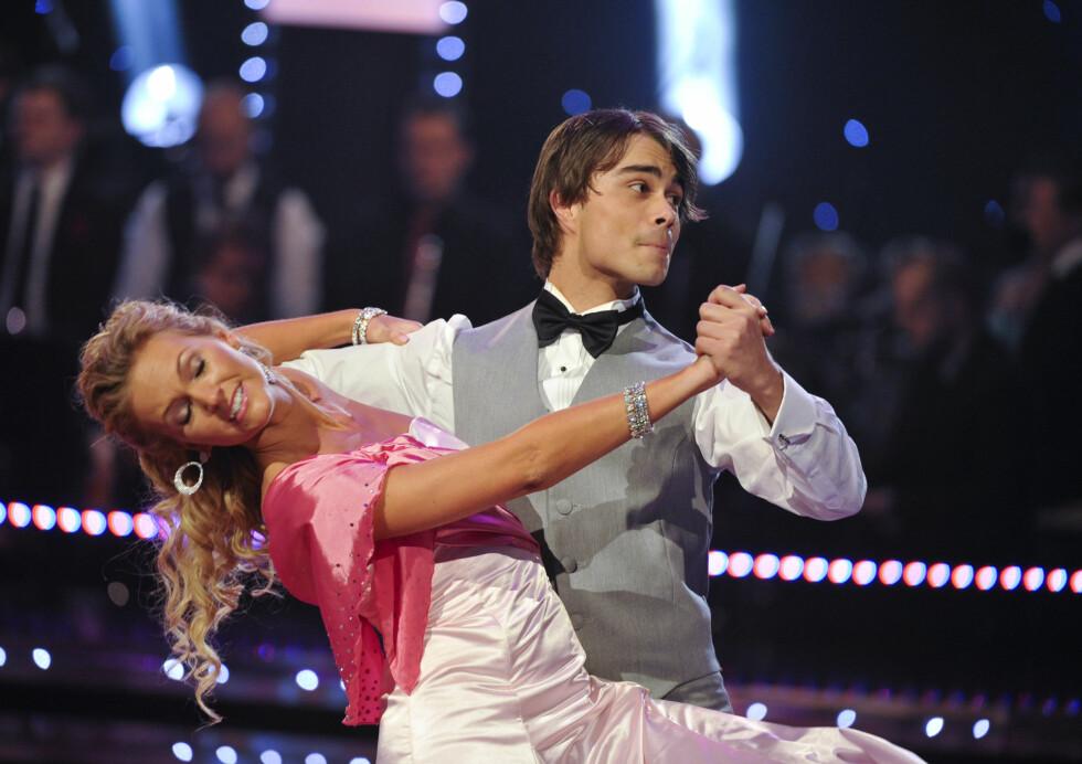 SLITEN: I 2011 deltok Alexander Rybak i den svenske versjonen av «Skal vi danse», sammen med Malin Johansson. Sangstjernen var åpen om at deltakelsen slet ham ut. Foto: NTB scanpix
