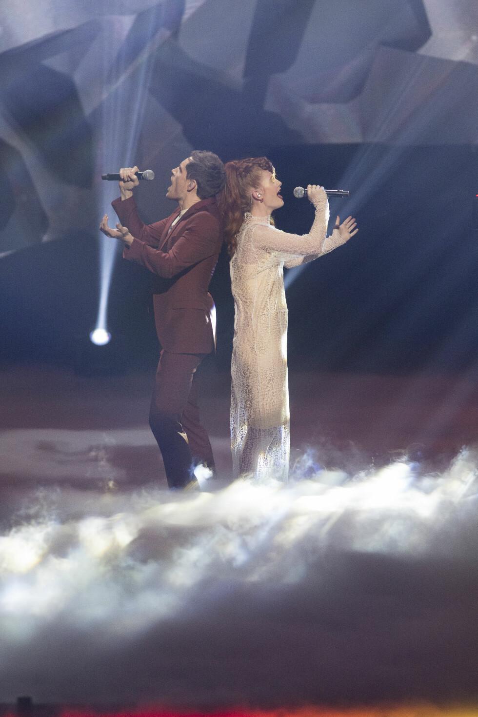 SPENNENDE KVELD: Mørland og Debrah Scarlett vant hele Norges hjerter med balladen «A Monster Like Me». I kveld står Europa for tur. Foto: Tor Lindseth
