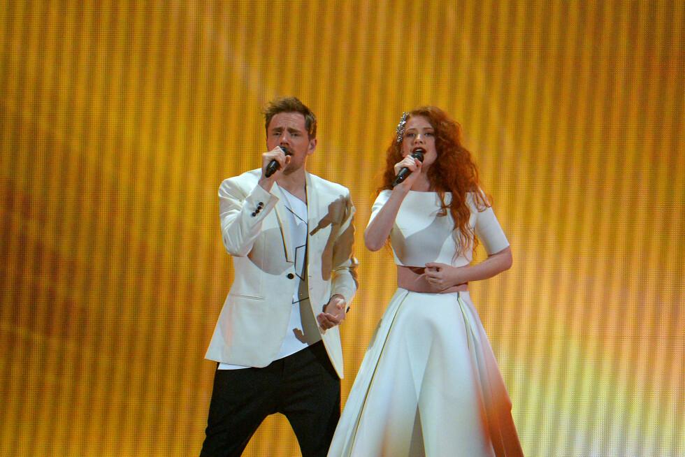 GA ALT FOR NORGE: Kjetil Mørland og Debrah Scarlett ga alt på scenen i Wien i kampen om en finalebilett under årets Eurovision-semfinale. Bildet er fra generalprøven. Foto: Ap
