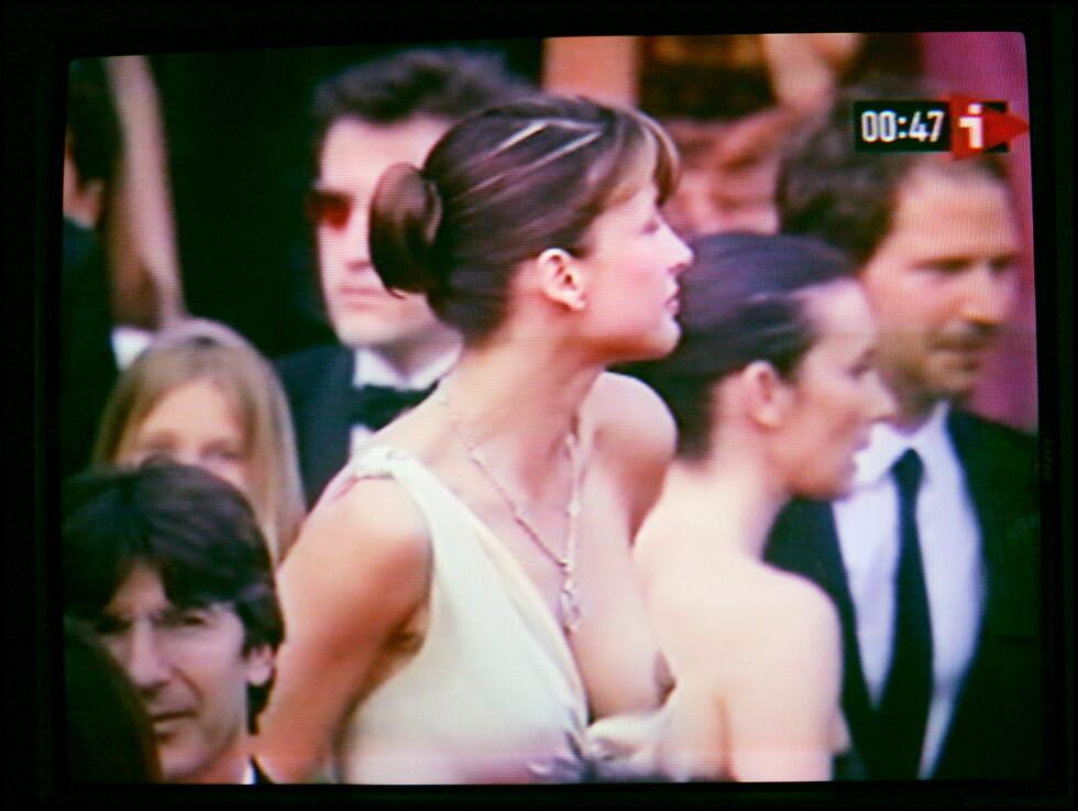 OOOPS: På «Where the Truth Lies»-premieren under Cannes filmfestival i 2005, viste Sophie Marceau i hvert fall langt mer enn planlagt. Foto: Stella Pictures