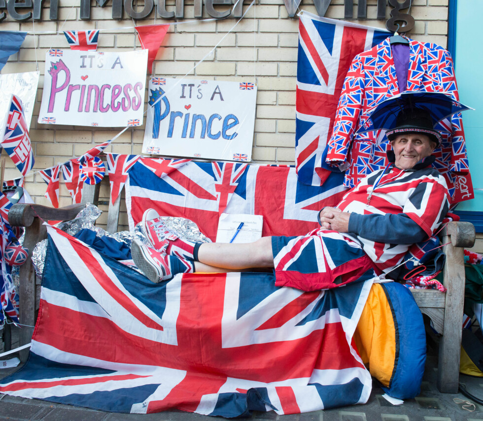 BLODFAN: Briten Hett Terry elsker både Union Jack og den britiske kongefamilien.... Foto: Demotix