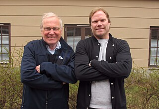 Arne Scheie hjalp Alexander å selge fotballskoene sine