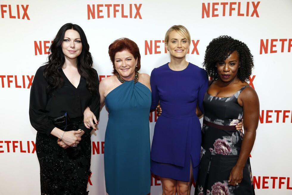POPULÆR GJENG: Her poserer Mulgrew sammen med Orange Is the New Black-kollegaene (f.v) Laura Prepon, Taylor Schilling og Uzo Aduba på den røde løperen i Frankrike. Foto: NTBscanpix