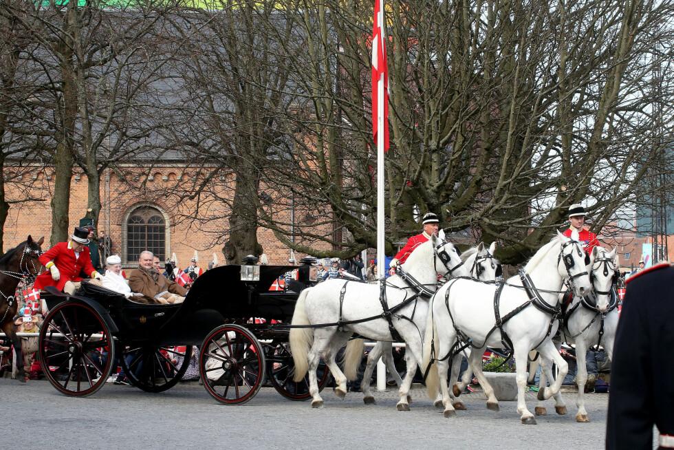 STASELIG: Dronning Margrethe innledet sin store feiring på elegant vis. Foto: Scanpix/Danapress