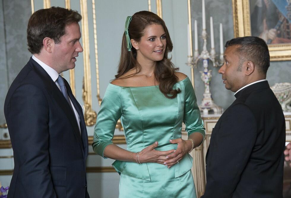 NÆR VENN: Michael Bjerkhagensammen med prinsesse Madeleine og Christopher O'Neill på mottagelsen etter dåpen. Foto: TT NYHETSBYRÅN