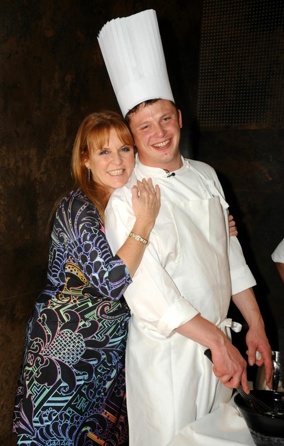 <strong>SAMARBEID:</strong> Kokken Tor Jørgen Kamprud Arnesen og Fergie under deres første event sammen på The Myfair Hotel i London.  Foto: The Flying Culinary Circus