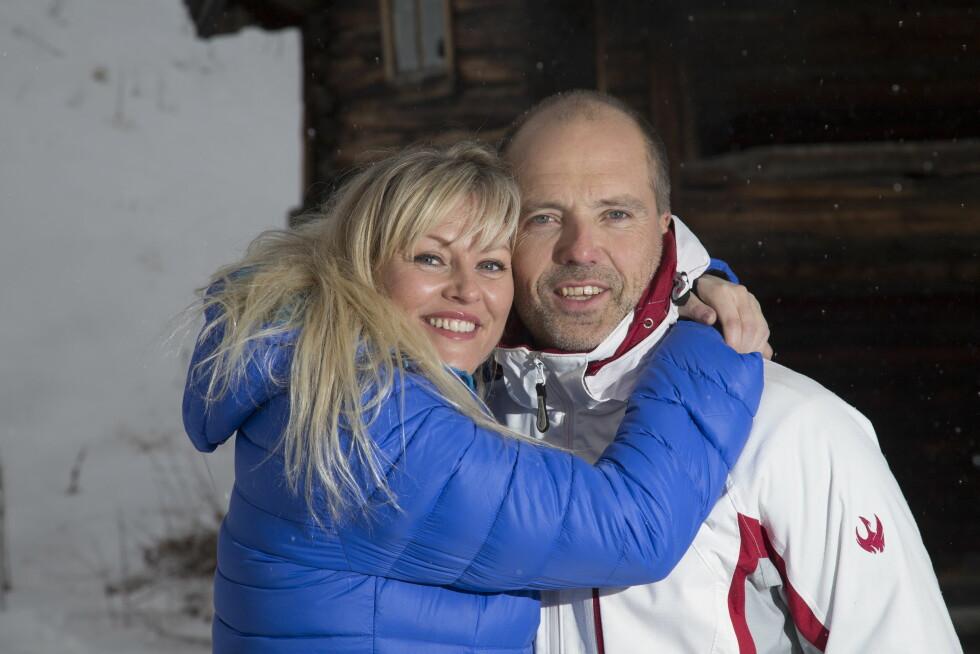 PAR I HJERTER: Eli Kari Gjengedal og ektemannen Tom Saxegaard dro til Las Vegas for å love hverandre evig troskap. Foto: Se og Hør