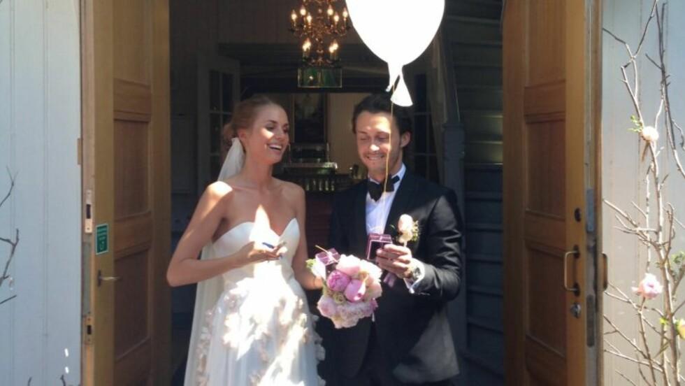 <strong>ROMANTISK:</strong> Egor og Benedicthe giftet seg i strålende solskinn sommeren 2013. Foto: Kjersti Marie Ofstad / Seoghør.no