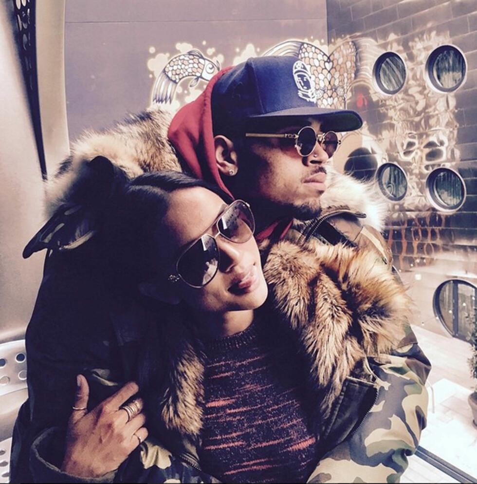 LYKKELIGERE TIDER: Karrueche og Chris postet stadig vekk bilder av hverandre på Instagram. Dette ble lagt ut av førstenevnte og er tatt for kun én måned siden. Foto: All Over Press