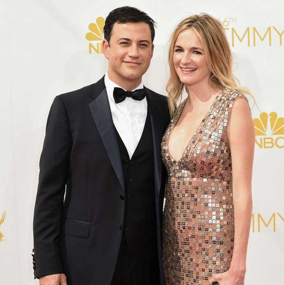 KONA: Kimmel er gift med Molly McNearney. I fjor fikk paret en datter sammen. Foto: All Over Press