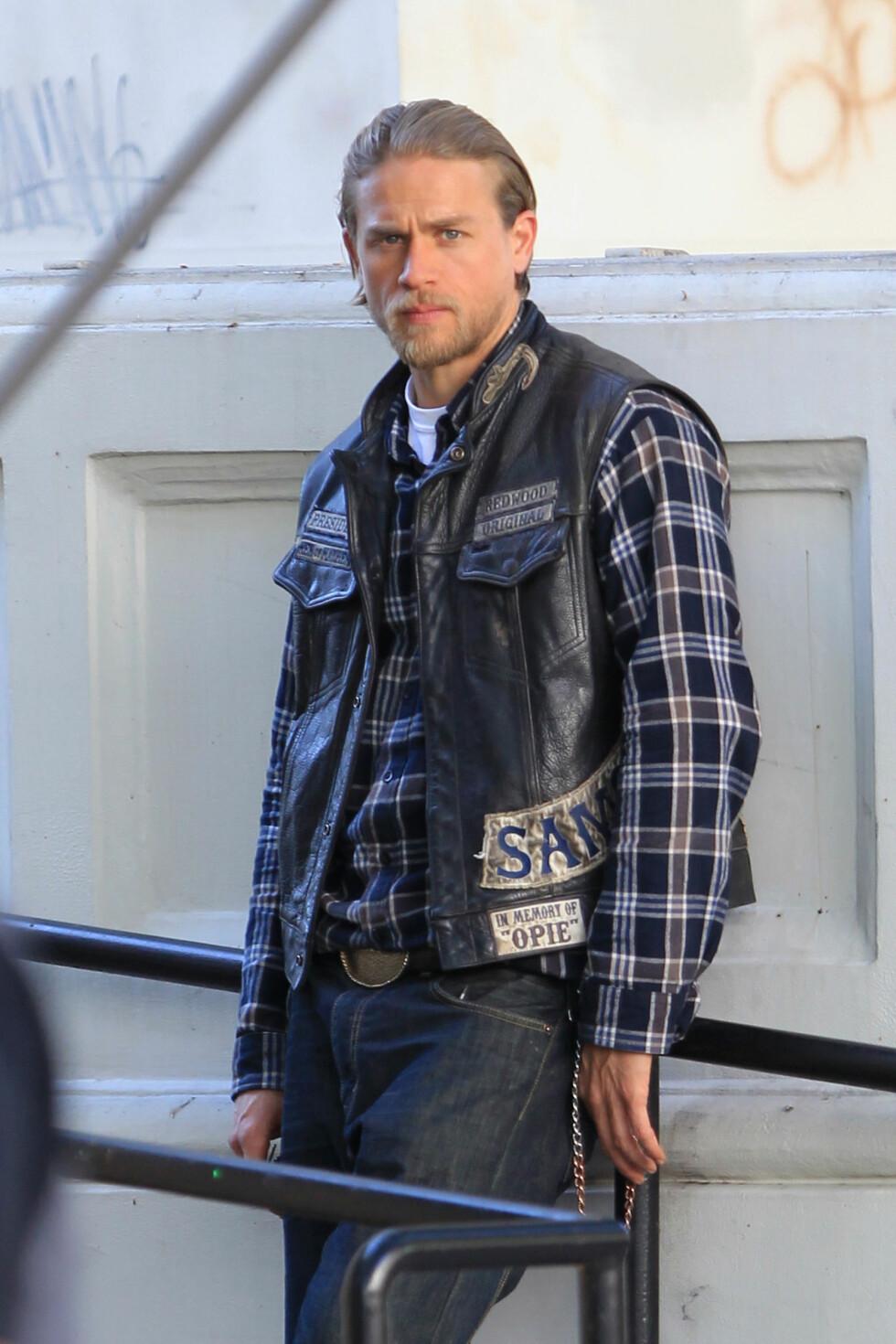 TRAKK SEG: Charlie Hunnam spiller Jax Teller i Sons of Anarchy og skulle egentlig hatt rollen som Christian Grey.  Foto: Miguel Aguilar, PacificCoastNews