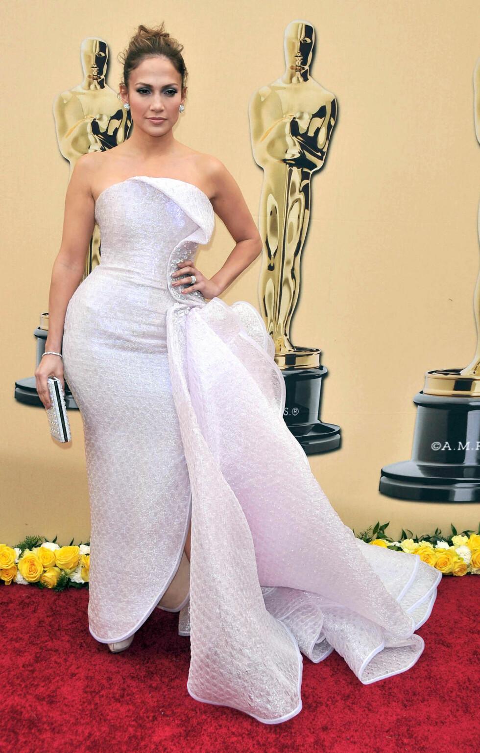 I 2010: Denne overdådige kjolen fra Armani Privé gjorde ikke den flotte figuren til Jennifer Lopez en eneste tjeneste. Foto: Image Press / Splash News/ All Over Press