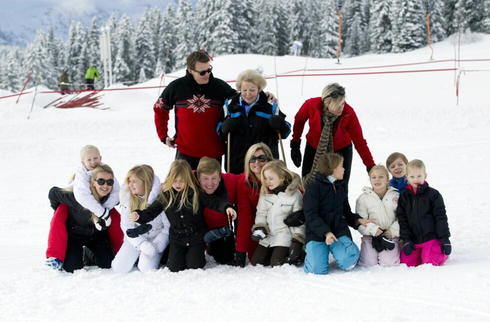 <strong>STORFAMILIEN:</strong> Den nederlandske kongefamilien samlet i Lech i 2014. Også enken etter Johan Friso, Mabel (t.v), var der med sine to barn.  Foto: action press/All Over Press