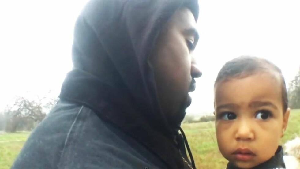 FÅR RIS OG ROS: I videoen til låta «Only One», viser rapper Kanye West frem en mykere side sammen med datteren North West. Mens flere nettsteder hyller musikkvideoen til Spike Jonze, mener andre den er manipulerende og spekulativ. Foto: Skjermdump, YouTube
