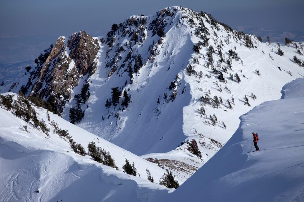 SKIPARADIS: En skiturist nyter omgivelsene i utkanten av Ogden, Utah. Foto: (c) Trevor Clark/Aurora Open/Corbis/All Over Press