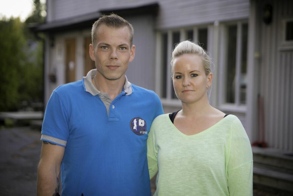 TRENGTE HJELP: Marius Olsen sendte inn søknad til «Luksusfellen» uten at samboeren Magnhild visste det. Men begge priser seg lykkelige over hjelpen de får i programmet.  Foto: TV3
