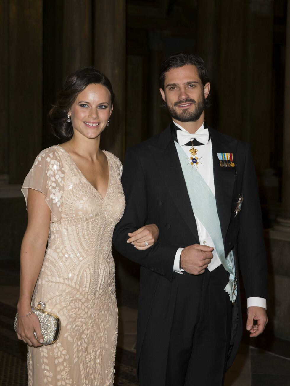 NOBELMIDDAG: Sofia strålte ved sin manns side i forbindelse med Nobelfestlighetene i Stockholm i desember. Foto: Stella Pictures