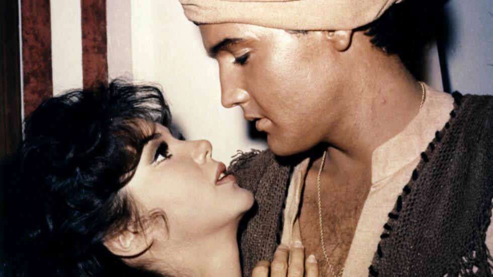BLE FILMSTJERNE: Den tidligere missedronningen gjorde karriere både på film og TV etter seieren i Miss America i 1959. Her i en scene fra «Harum Scarum» med selveste Elvis Presley.  Foto: (c) Sunset Boulevard/Corbis/All Over Press