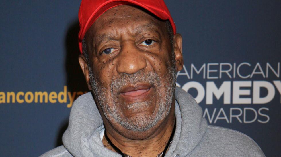 SAKSØKES: En kvinne hevder nå at Bill Cosby utsatte henne for seksuelt overgrep etter å ha tatt henne med til The Playboy Mansion da hun var 15 år. Her er Cosby avbildet på American Comedy Awards i New York i slutten av april 2014. Foto: Stella Pictures