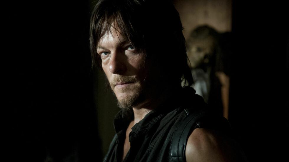 BLE STJERNE OVER NATTA: Gjennom rollen som den motorsykkelkjørende Daryl Dixon, som dreper zombier med armbrøst, har Norman Reebus blitt den mest populære av hele «The Walking Dead»-besetningen.  Foto: Gene Page/AMC