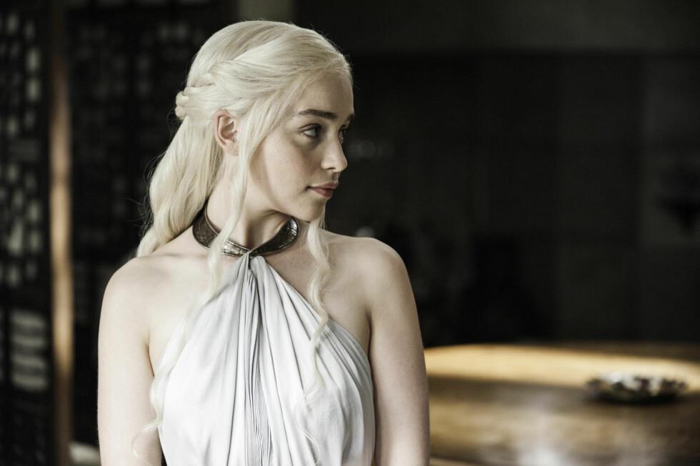 NY SESONG: Emilia Clarke er neste år tilbake i rollen som Daenerys Targaryen i Game of Thrones. Foto: All Over Press