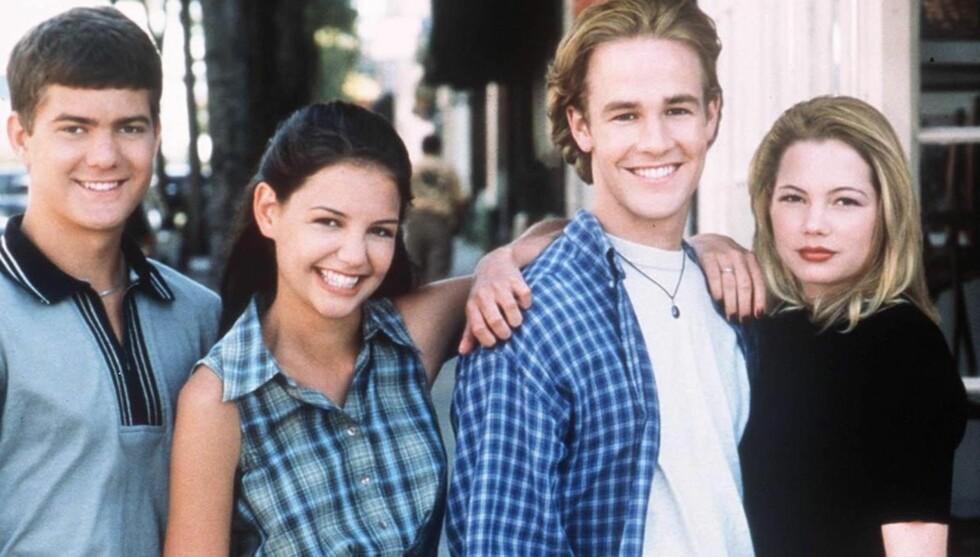 90-TALLS STJERNER: Joshua Jackson fikk sitt gjennombrudd i TV-serien Dawsons Creek på 90-tallet. Her er han sammen med Katie Holmes, James Van Der Beek og Michelle Williams.