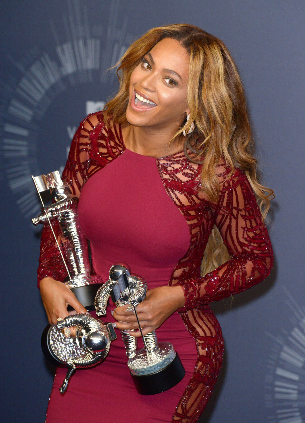 <strong>KUNNE JUBLE:</strong> Beyoncé Knowles vant hele fire priser under nattens MTV VMA-prisgalla.  Foto: REX/Stewart Cook/All Over Press