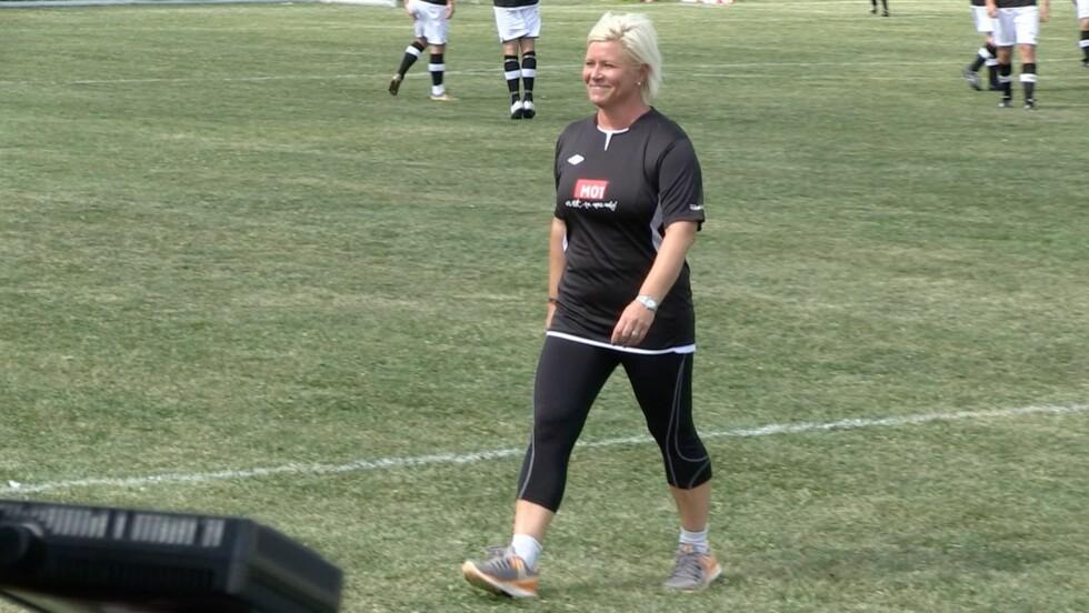 I FORM: Siv Jensen var i god form på fotballbanen.