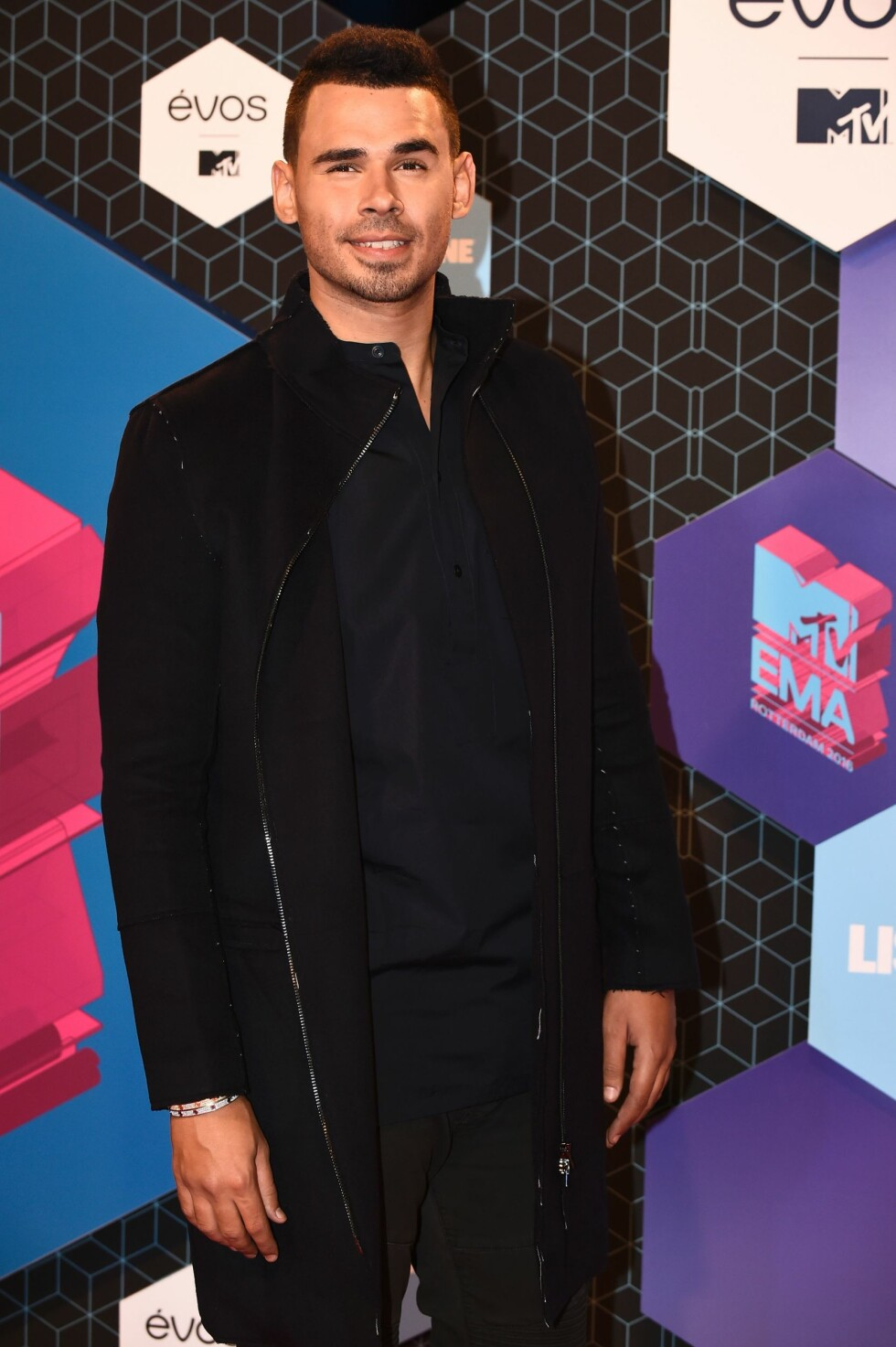 Netherlands' DJ Afrojack poses on the red carpet at the MTV Europe Music Awards (EMA) on November 6, 2016 at the Ahoy Rotterdam in Rotterdam.  / AFP PHOTO / JOHN THYS Foto: Afp