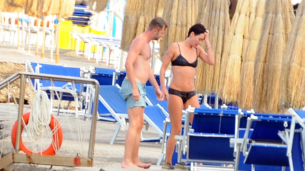MILJØFORANDRING: Den britiske TV-stjernen Lena Headey slappet av med ferie og filmfestival denne uken - og viste frem sine markerte magemuskler. Foto: Gigi Iorio/Splash News/All Over Press