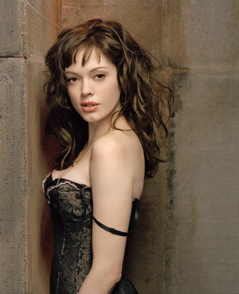 FERSK STJERNE: Rose McGowan trollbandt TV-seerne i «Charmed» i begynnelsen av 2005.  Foto: Stella Pictures