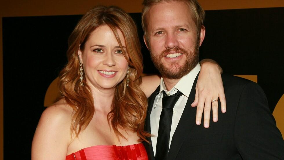 BLE FORELDRE: I slutten av mai ble Jenna Fischer og ektemannen Lee Kirk foreldre til en liten jente, men nyheten ble først kjent fredag kveld.