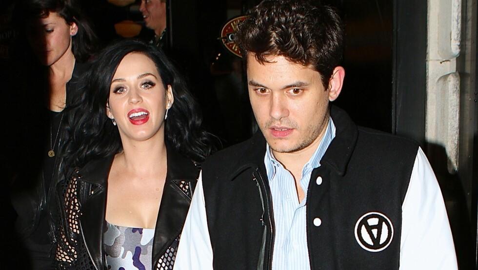SNAKKER OM EKSEN: Katy Perry sier hun har et godt forhold til eksen John Mayer selv om ryktene skulle ha det til at han var utro.  Foto: 247PapsTV / Splash News/All Over