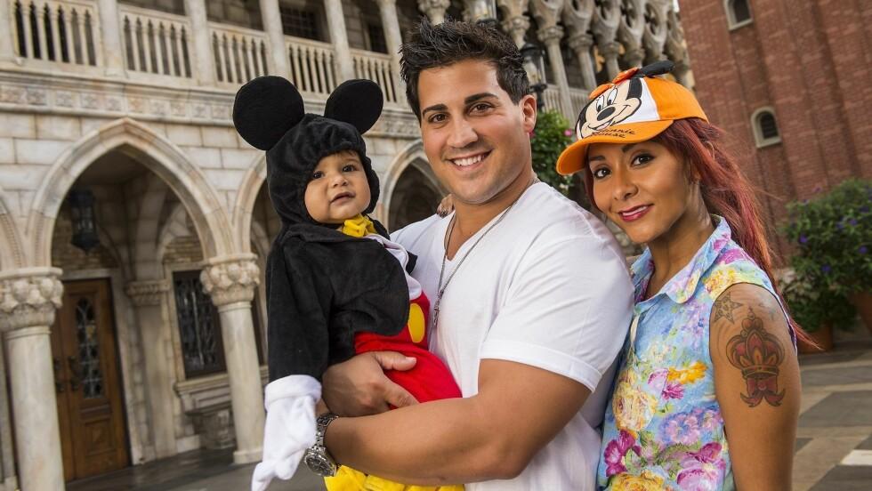 NYTT LIV: I dag har Nicole Polizzi lagt om livsstilen og lever et rolig familieliv med forloveden Jionni LaValle og sønnen Lorenzo.  Foto: Fame Flynet