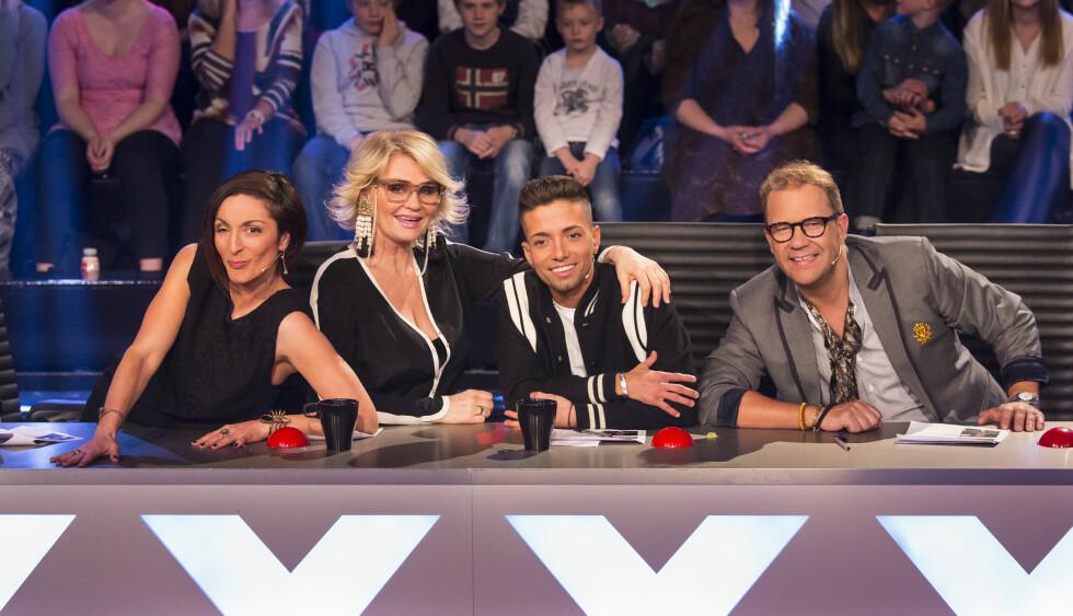 TV-DOMMER: Sammen med Lisa Tønne, Mia Gundersen, og Bjarte Hjelmeland, har Omer Bhatti denne sesongen vært dommer i TV 2-programmet «Norske Talenter».