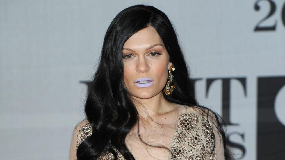 OVERLEVDE HJERNESLAG: Popstjernen Jessie J avslørte onsdag at hun som 18-åring overlevde et hjerneslag. Foto: REX/Brian Rasic /All Over Press