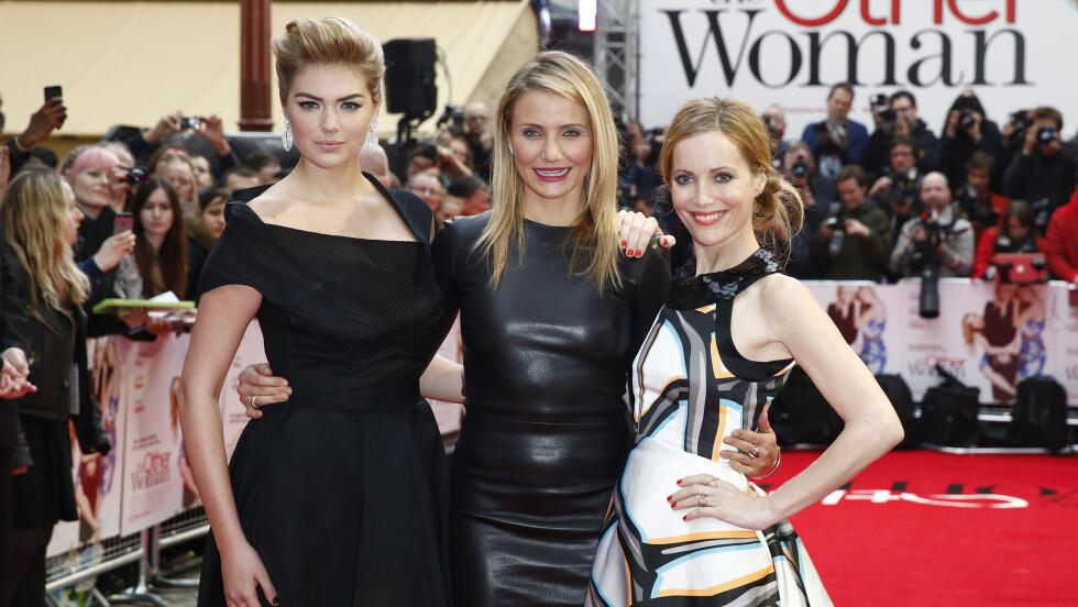 FLOTTE DAMER: Da «The other woman» hadde premiere i London onsdag kveld kastet hovedpersonene Kate Upton, Cameron Diaz og Leslie Mann glans over premieren. Foto: Stella Pictures