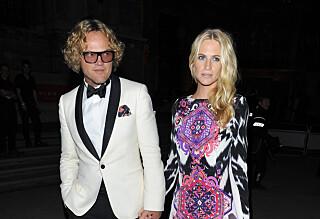 Norske Peter kom hånd i hånd med supermodell