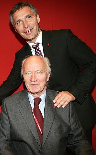 NÆRT FORHOLD: Jens Stoltenberg er sterkt knyttet til sin far Thorvald Stoltenberg (82), og håper at han kommer på besøk når han flytter til Brussel. Foto: Stella Pictures