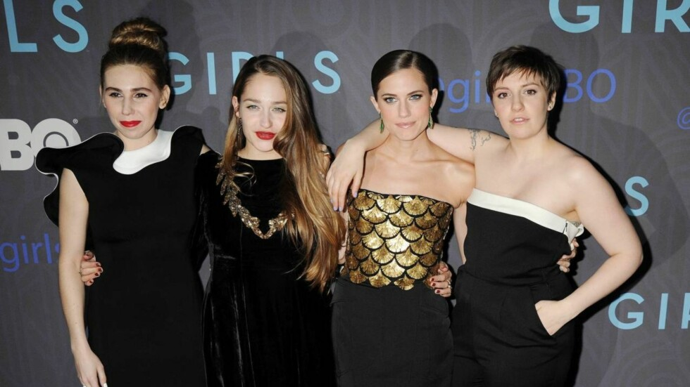 JENTENE: Zosia Mamet, Jemima Kirke, Allison Williams og Lena Dunham  spiller de fire hovedrollene i HBO-serien Girls. Her på New York-premieren til sesong 2 i januar i år.