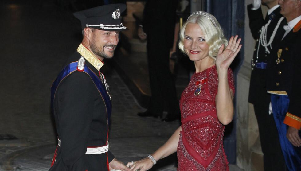 JUBILANTER: Kronprins Haakon og kronprinsesse Mette-Marit fyller begge 40 år i 2013.  Foto: All Over Press